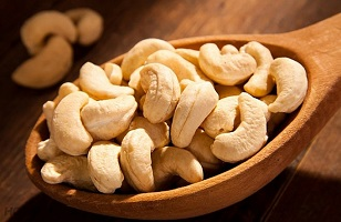 Vietnam cashew industry maintains the No. 1 exporter in the world