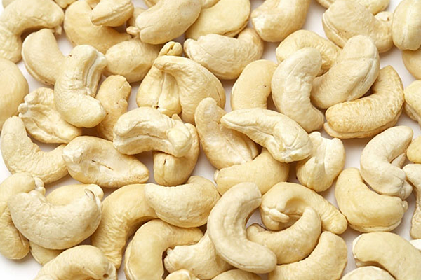 Cashew exports continue to slip; imports rise